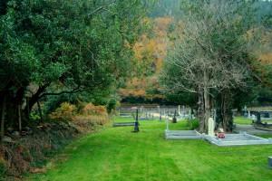 Curra Graveyard